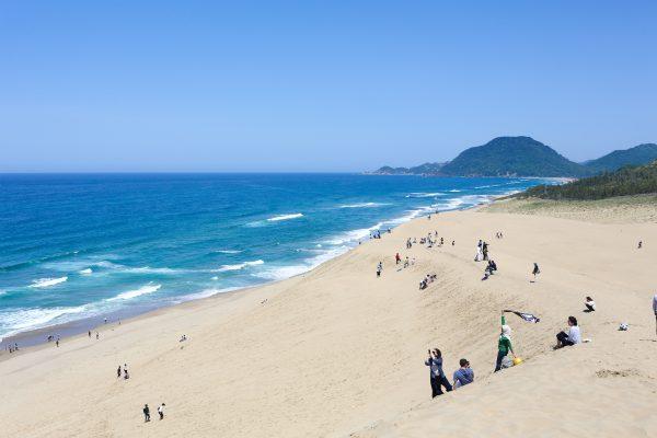 鳥取砂丘とキレイな海